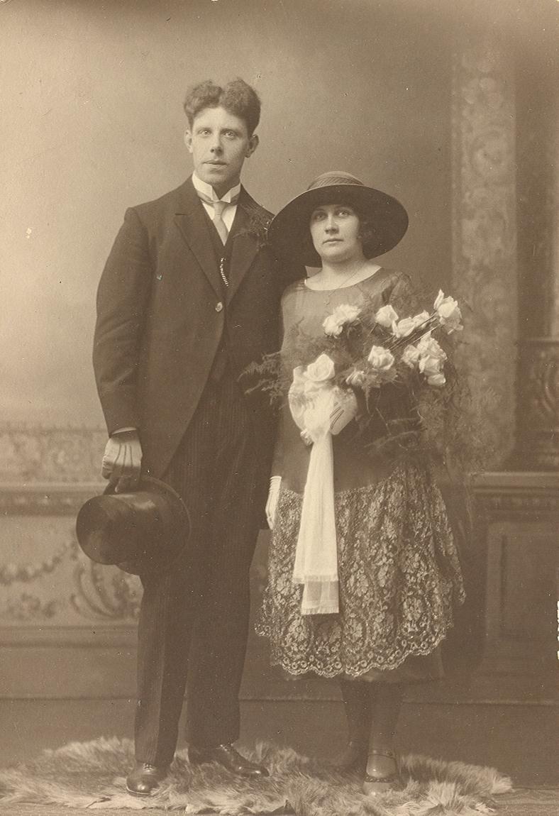 Anthonius Theodorus Swikker (1898-1977), Maria Geertruida Brouwer (1901-1930)