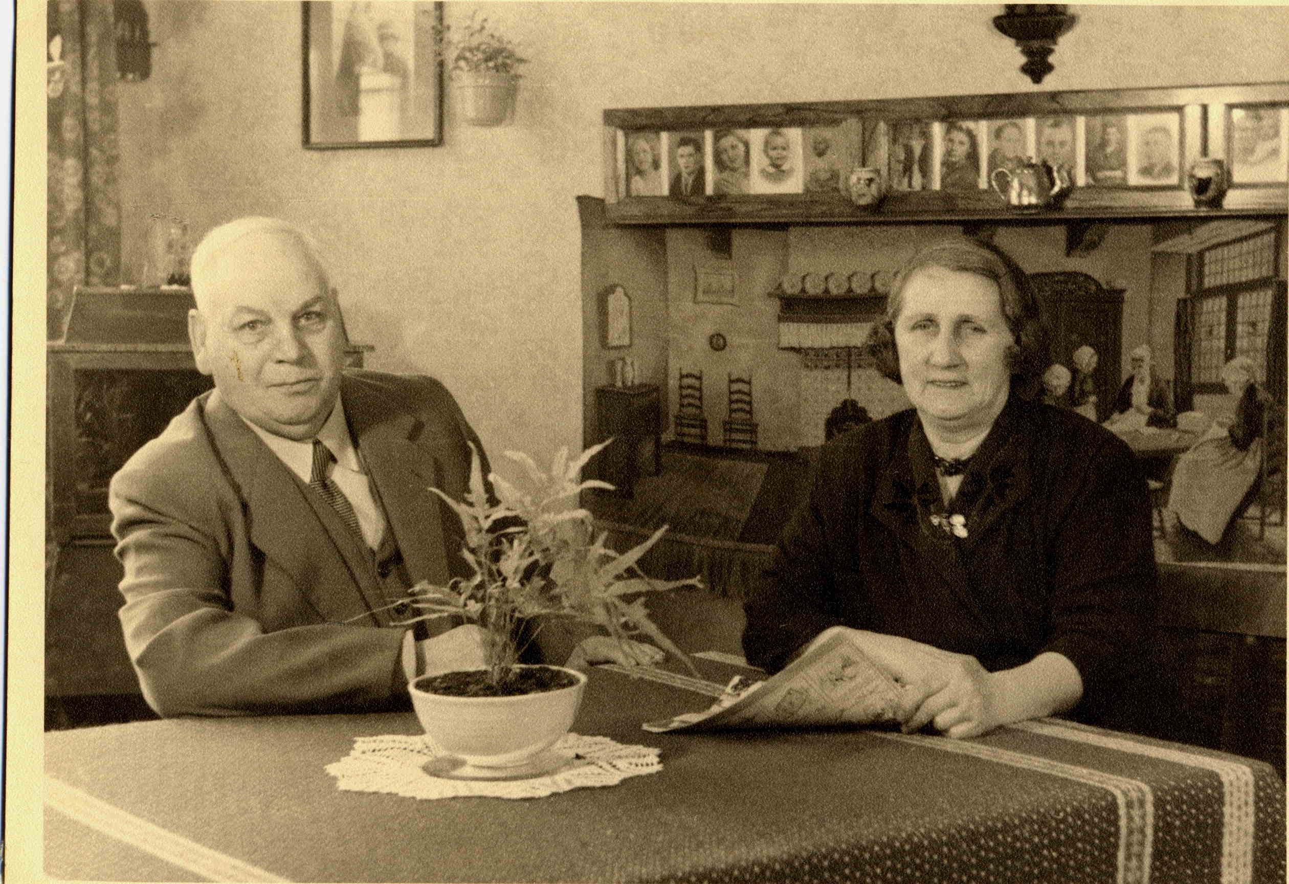 Otto Cornelis van Heerden (1880-1961), Aafje van Bree (1889-1982)